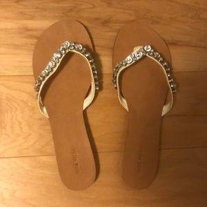 Nine West thong sandals